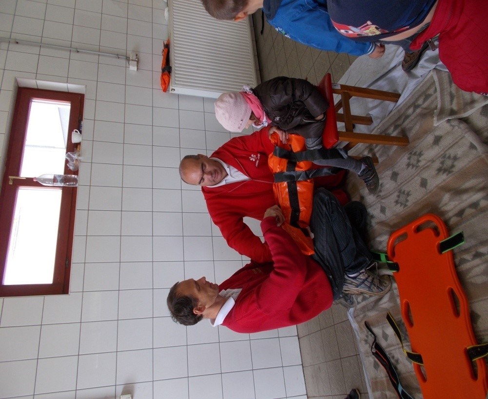 ovi-mentők napja11